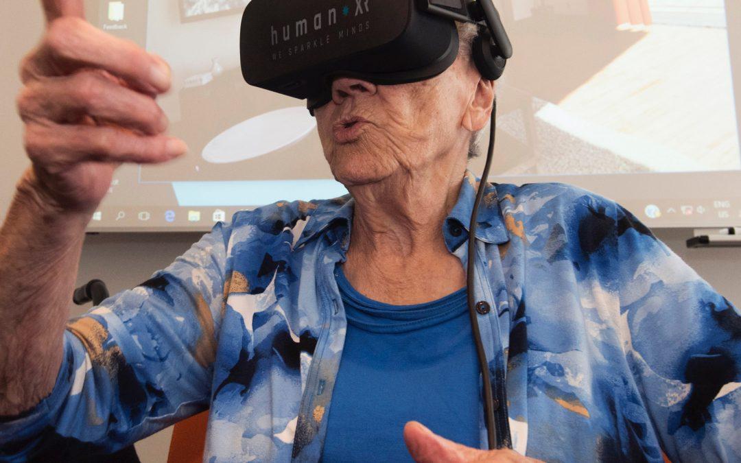 HumanXR lanceert eerste VR platform voor ouderen